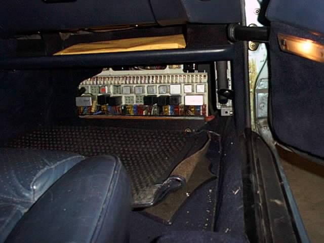 fuses2 928 fuses 1984 porsche 928 fuse box location at soozxer.org